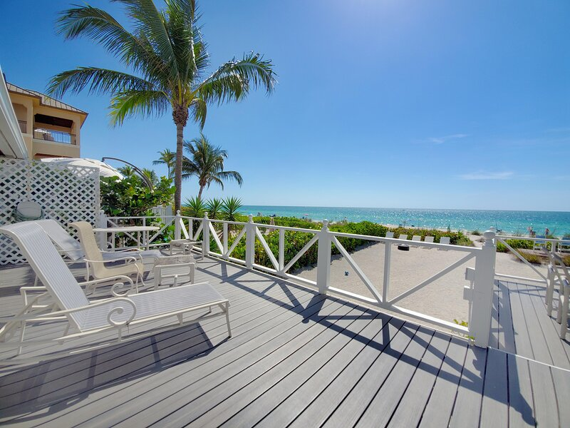 Beautifully Decorated, 3 Bedroom Home Right On The Beach., holiday rental in Survey Creek