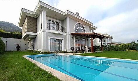 Sunrise Sapanca Villa D Private Pool & Garden 6 Bedrooms, Bathrooms Luxury Villa, holiday rental in Izmit