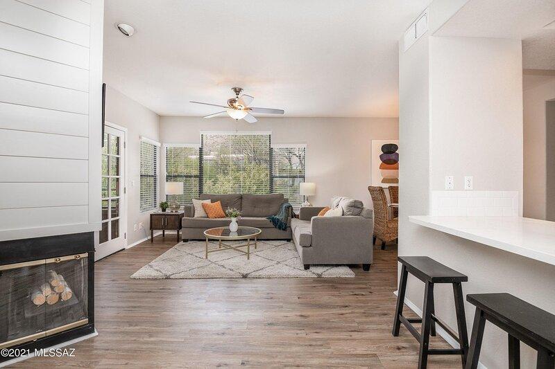 Luxury Tucson Vacation Rental (MINIMUM 30 Day Lease), holiday rental in Tucson