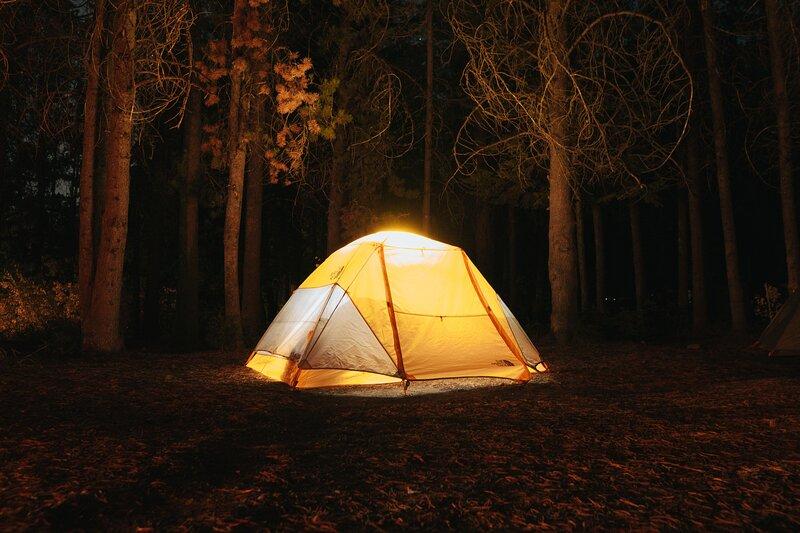 Naturskön Camping nära Tidaholms centrum, holiday rental in Algaras