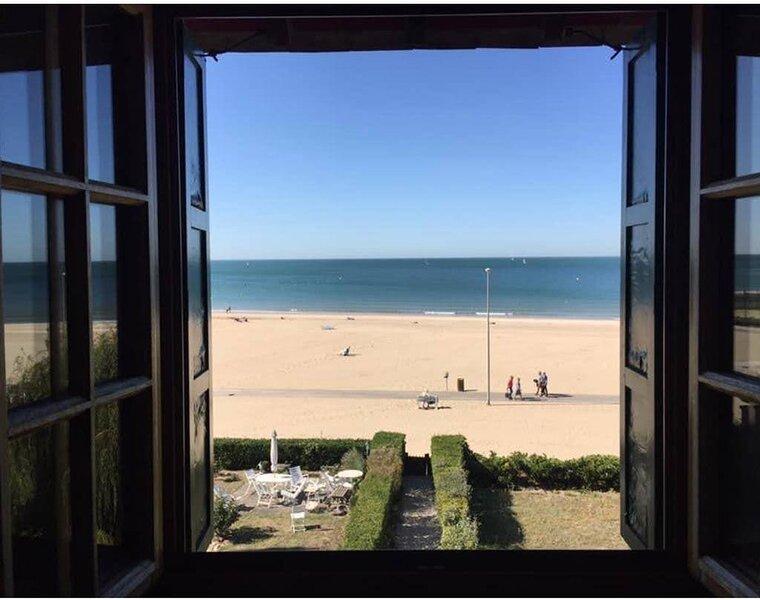 Exceptionnel- 140m2 très élégant dans Manoir Normand sur la plage, holiday rental in Trouville-sur-Mer