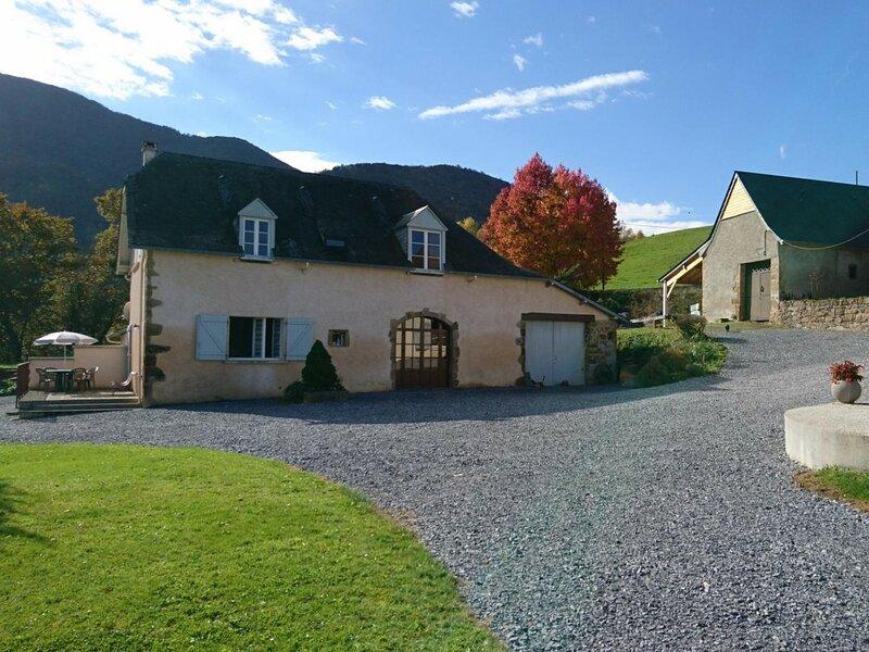 SOUM DE COSTE, holiday rental in Haut-De-Bosdarros
