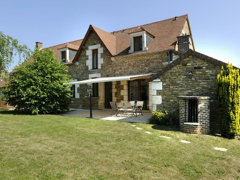 Le Saint Roch, holiday rental in Tonnerre