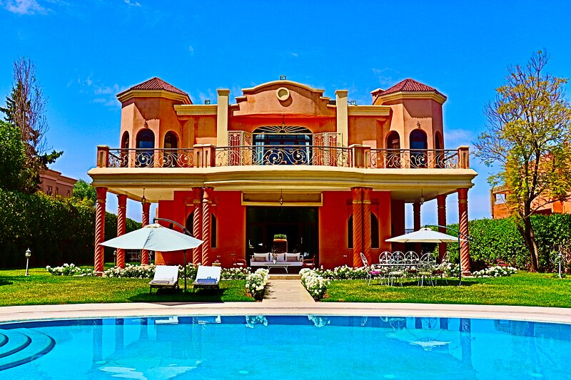 Gatchina Palace, holiday rental in Lagouassem