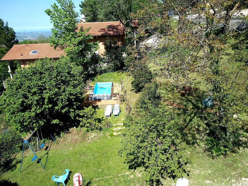 Amazing house with swimming-pool, vacation rental in Colbordolo