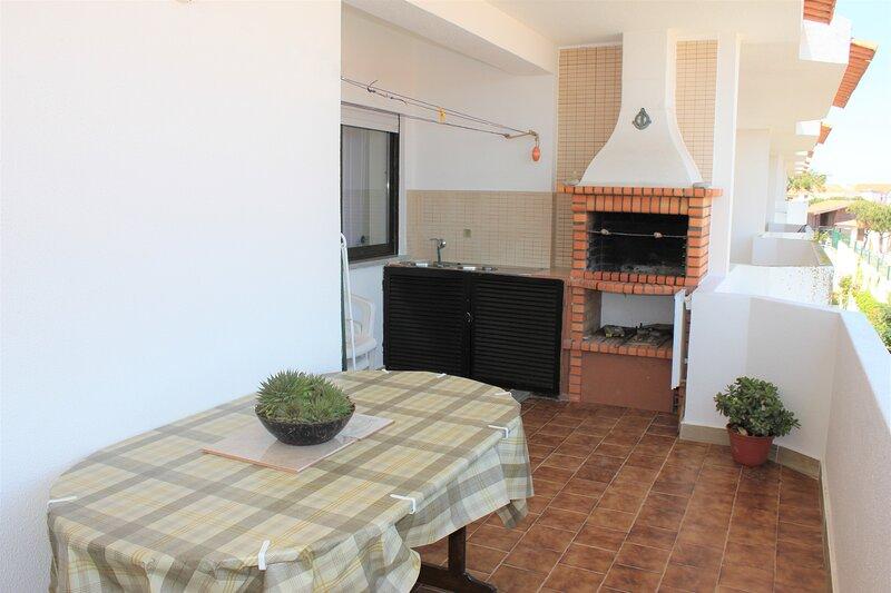 Apartamento na praia do Baleal BSV2, holiday rental in Baleal