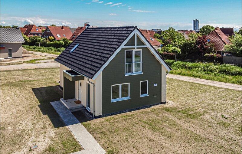 Awesome home in Büsum  Nordsee Ressort with Sauna, WiFi and 3 Bedrooms (DSH037), alquiler de vacaciones en Büsum