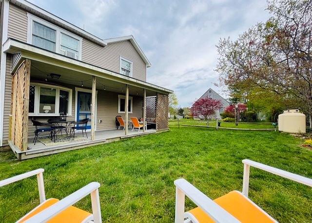 Adorable House Close to Oak Bluffs and Harbor, location de vacances à Wilmington