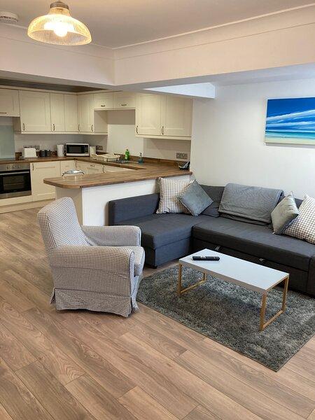 Highcliffe holiday flat 2 bed sleeps 6 – semesterbostad i New Milton