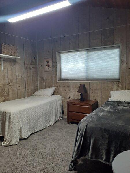 Beaver River Cabin, holiday rental in Beaver