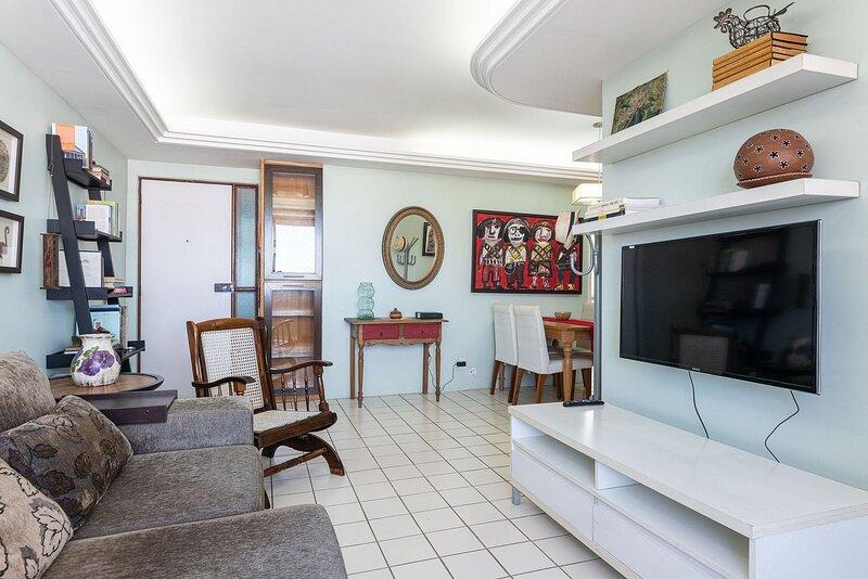 CAP1301 Excelente flat no coração verde do Bairro de Casa Forte, alquiler de vacaciones en Recife