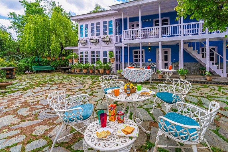 Violet Hill by Vista Rooms, alquiler vacacional en Shimla District
