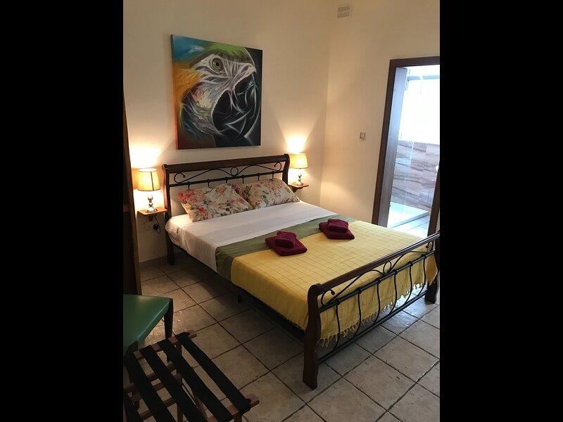 Seaside Bed & Breakfast, holiday rental in St. Paul's Bay