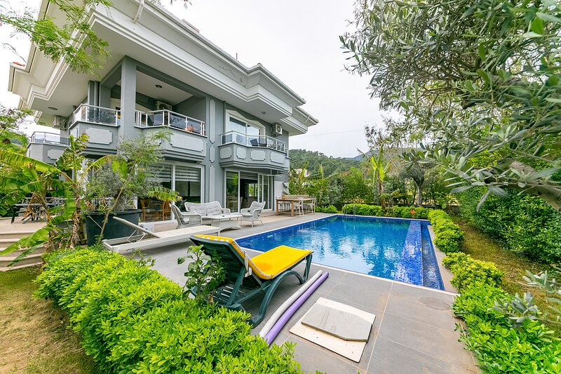 Villa Robert Daily Weekly Rentals, location de vacances à Marmaris