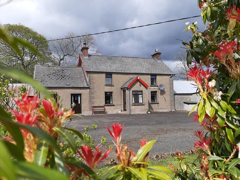 'Brook Haven' - Old Traditional Irish Farmhouse, location de vacances à Comté d'Antrim