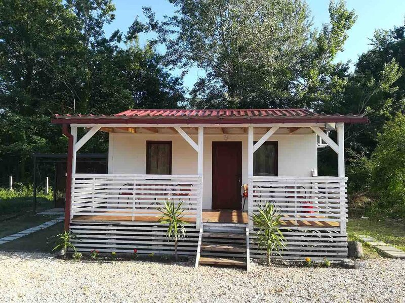 Rajana Bungalow - Ulcinj, holiday rental in Ulcinj Municipality