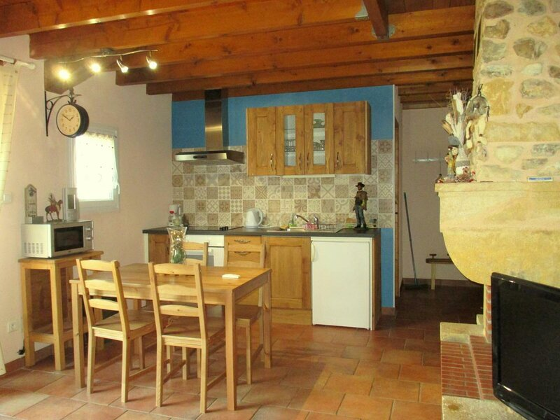 DE L'OUEST, casa vacanza a Monetay-sur-Loire