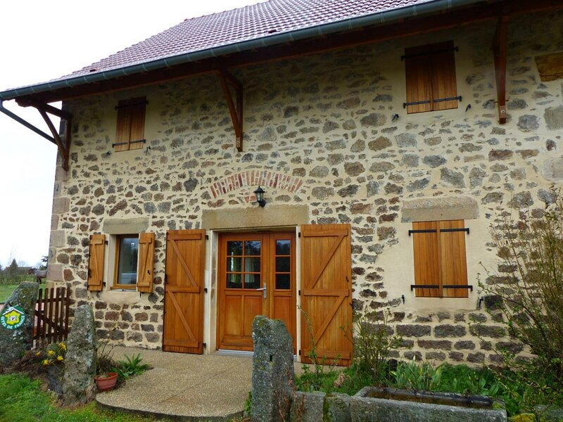 Bourdesoulle, holiday rental in Buxieres-sous-Montaigut