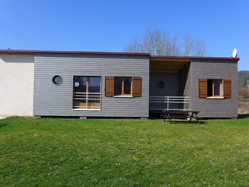 LES IRIS, holiday rental in Orges