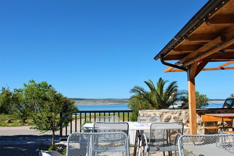 Lucija mobile home - Beachfront, aluguéis de temporada em Starigrad-Paklenica