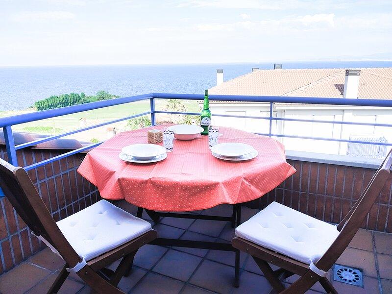 LA VENTANA AL MAR., location de vacances à Gozon Municipality