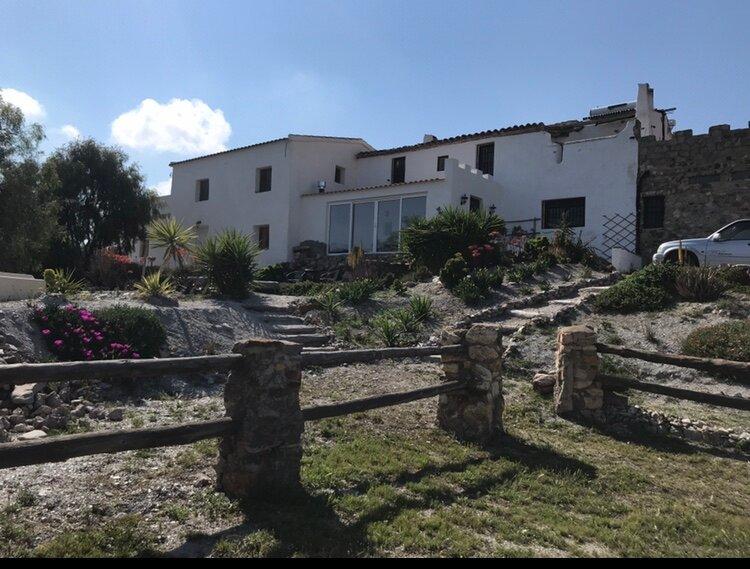Bella Vista at Cotijo Alto Holiday Rentals, aluguéis de temporada em Velez Rubio