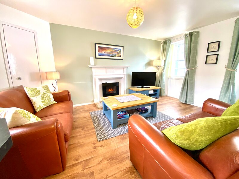 Cosy, Modern Apartment in the Centre of Inveraray - Freshly Renovated for 2021, holiday rental in Portsonachan