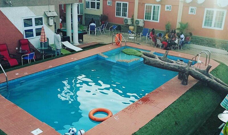Mum Hotel - Standard, holiday rental in Tamale