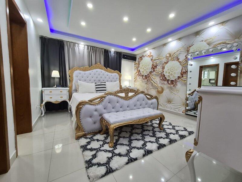 new luxury apartment with sea view, holiday rental in Santo Domingo Este