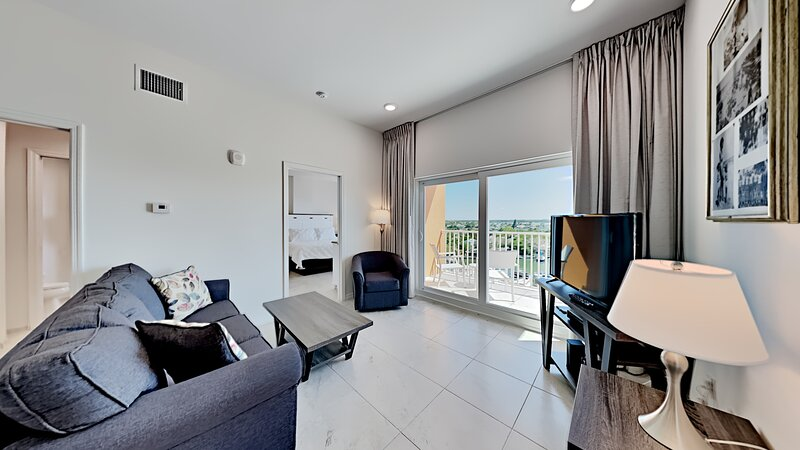 The Brand New Madeira Bay Resort I 1701, vacation rental in Madeira Beach