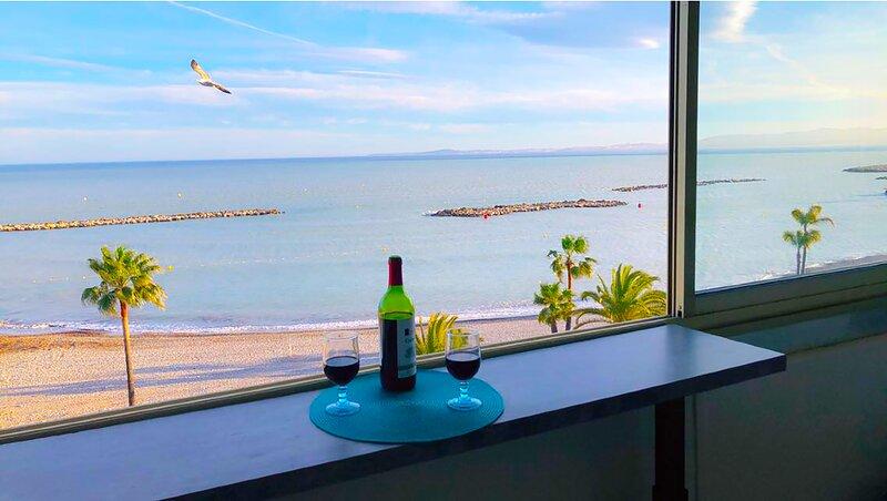 French Riviera Waterfront Holiday Rental, alquiler de vacaciones en St-Laurent du Var
