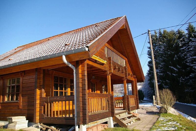 Amazing chalet with mountain view, holiday rental in Vagney