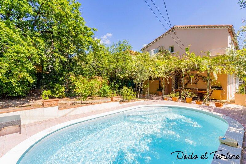 Handsome 5 bedroom house with pool - Dodo et Tartine, location de vacances à La Valette-du-Var