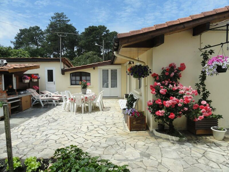Le marsouin, holiday rental in Bias