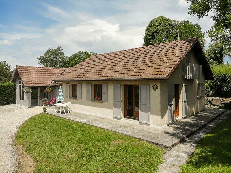 MARNANS - 6 pers, 65 m2, 3/2, holiday rental in Saint-Antoine-l'Abbaye