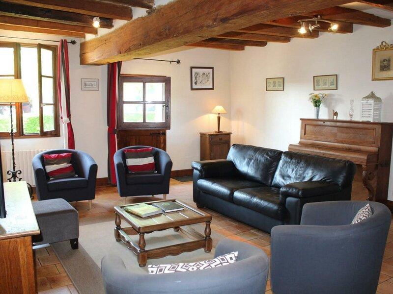 Le Malhureau, vacation rental in Trogues