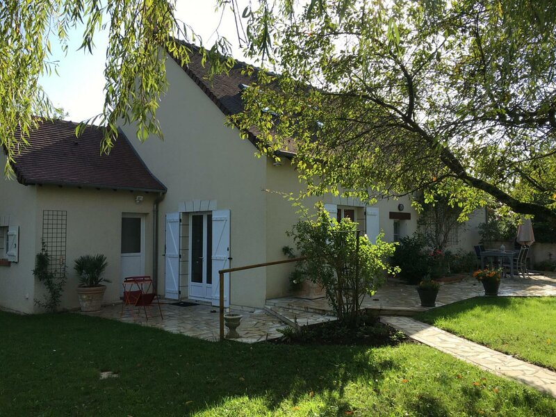 Le Chargeloup, holiday rental in Cangey