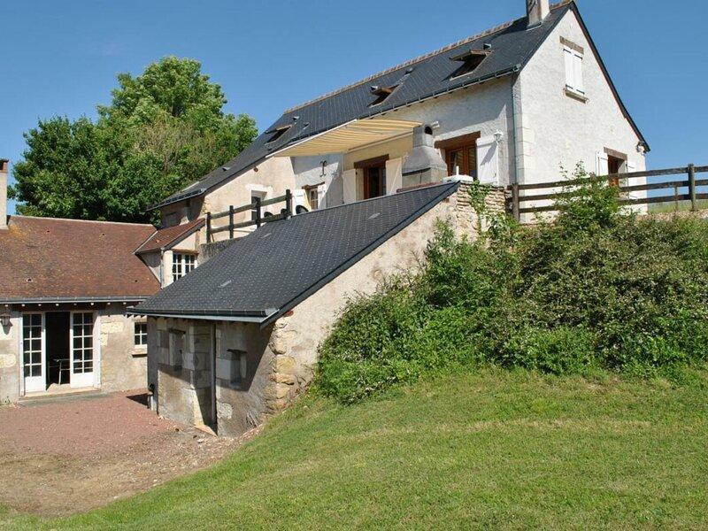 Au coeur de la forêt d'Amboise, holiday rental in Vallieres-les-Grandes