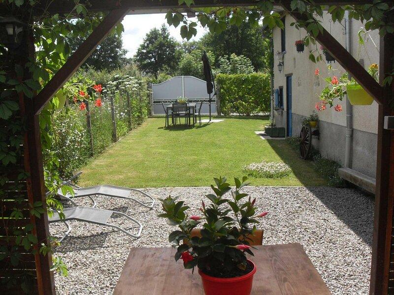 Fleur des Champs, holiday rental in La Celle-sous-Gouzon