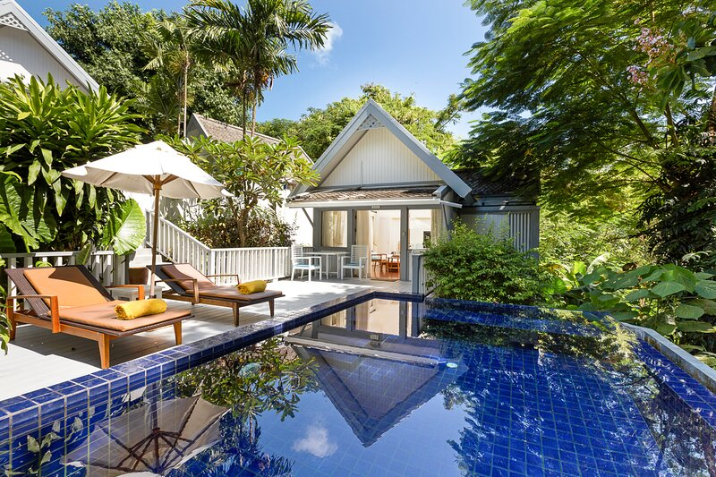 Hat Yai Villa Sleeps 3 with Pool and Air Con - 5821755, vacation rental in Laem Set