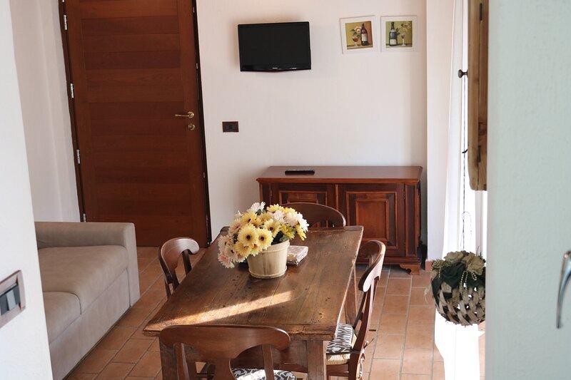 Maremma Holidays: Podere La Tona Trilo-5, holiday rental in Bagno di Gavorrano