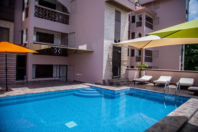 THE FESTIVAL FURNISHED APARTMENTS, vacation rental in Bamburi