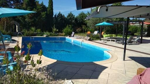 Petit havre de paix en Cévennes, location de vacances à Gorniès