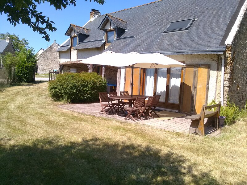 Maison rustique, holiday rental in Landevant