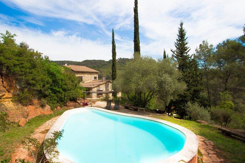Catalunya Casas: Nurture AND Nature for 13 guests, only 15 km from Barcelona!, alquiler de vacaciones en Collbató