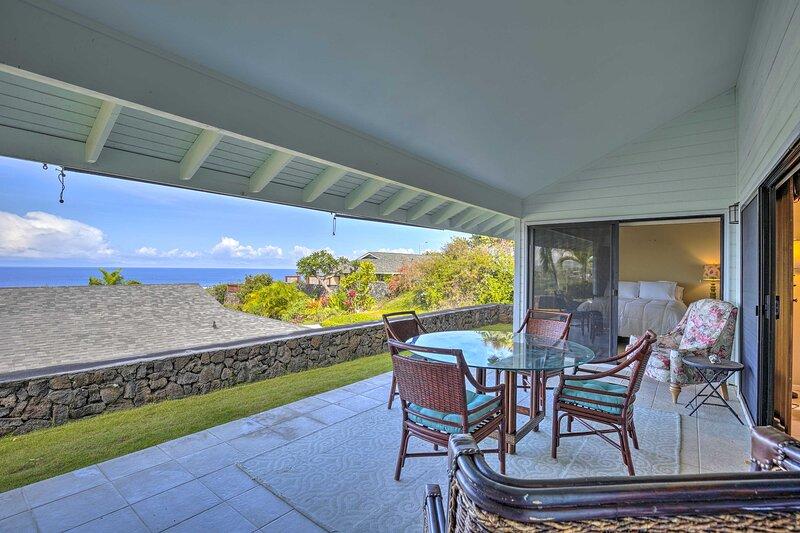 NEW! Ocean-View Oasis w/ 2 Lanais: Near Kona Coast, aluguéis de temporada em Holualoa