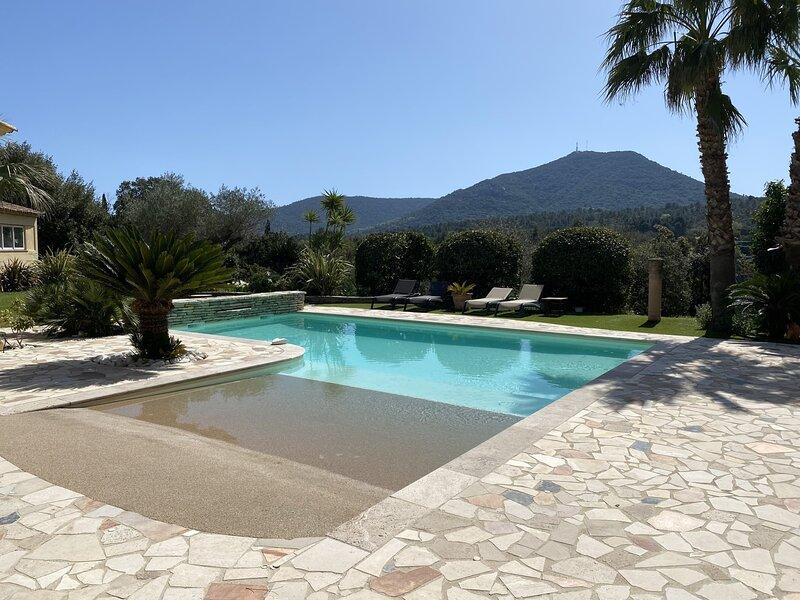 Villa D'Amour: Prestigious villa, Le Plan de la Tour, Golfe de Saint Tropez, vacation rental in Plan de la Tour