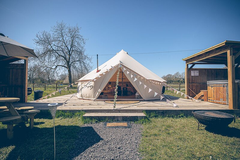 Glamp and Tipple - South Norfolk Glamping (Moet), location de vacances à Great Hockham