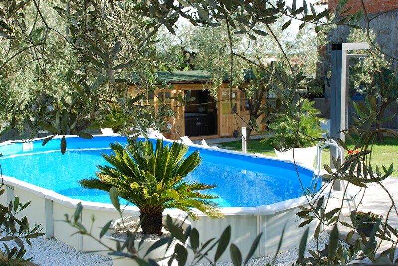 Le Cerbaie - Casa di Campagna con Piscina, Ferienwohnung in Lamporecchio