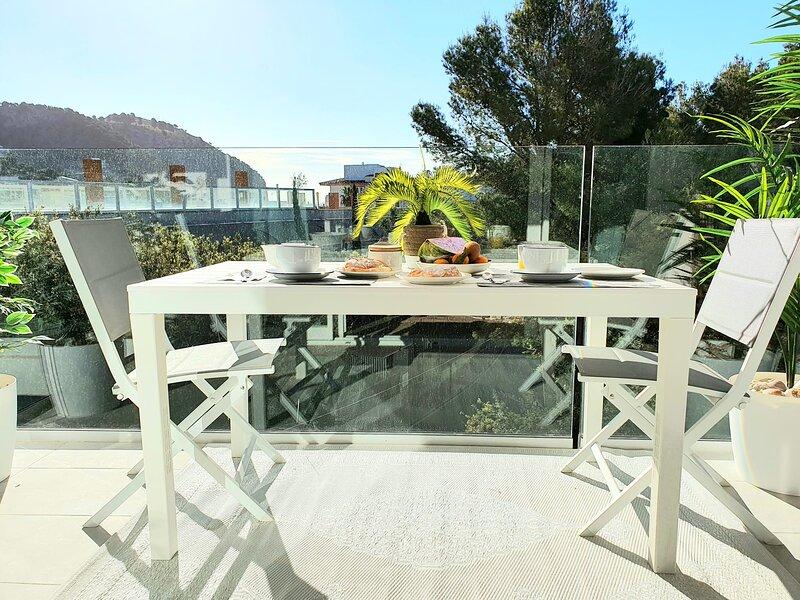 Brand New; Cala Doy, at 150 meters from Canyamel  Beach. Pool, Garden& Solarium, holiday rental in Costa De Los Pinos